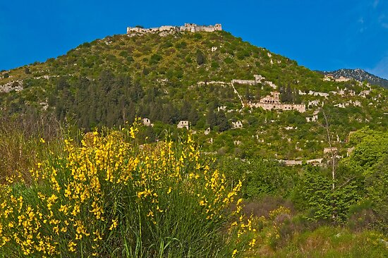 The fortified Byzantine town of Mystras by Konstantinos Arvanitopoulos
