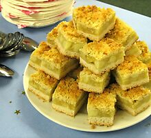 Scrumptious Apple Crumble Cake (Apfel-Streusel-Torte) by MidnightMelody