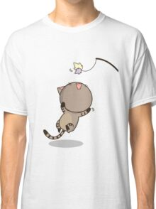 Cat is playing Classic T-Shirt