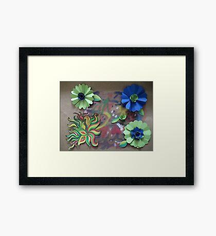Paper doodles Framed Print