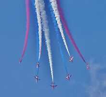 The Red Arrows by Andrew Nicolaou