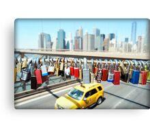 Love locks on Brooklyn Bridge Canvas Print
