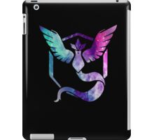 TEAM MYSTIC - COLORFUL GALAXY iPad Case/Skin