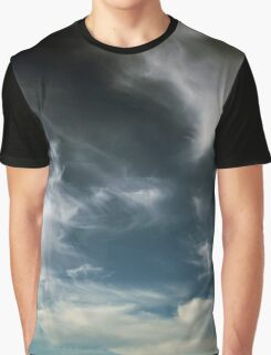 Wispy Horsetail Clouds Floating High Graphic T-Shirt