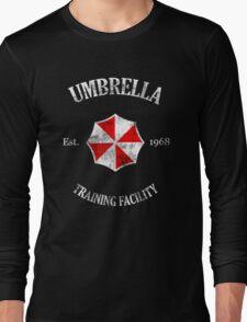 Umbrella Training Facility Vintage Resident Evil (for dark colors) Long Sleeve T-Shirt