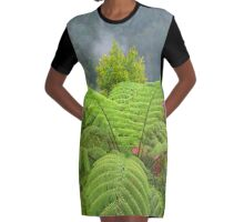 Die Wunder der Natur Graphic T-Shirt Dress