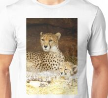 Cheetah with cubs Unisex T-Shirt