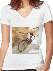 Watercolor painting of a vintage bicycle Women's Fitted V-Neck T-Shirt