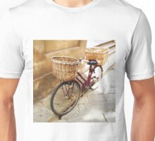 Watercolor painting of a vintage bicycle Unisex T-Shirt