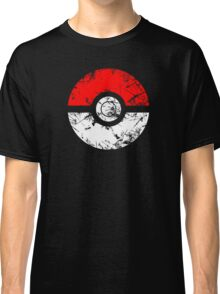 Pokeball - Grunge Classic T-Shirt