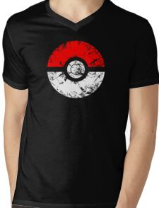 Pokeball - Grunge Mens V-Neck T-Shirt