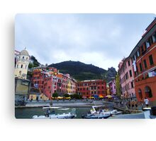 Colorful harbor of Vernazza Canvas Print
