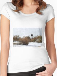 Vintage Hunting House in Winter Women's Fitted Scoop T-Shirt