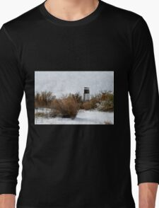 Vintage Hunting House in Winter Long Sleeve T-Shirt