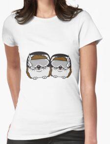 team freunde 2 kumpel brüder duo party dj kopfhörer tanzen musik sonnenbrille cool club disko winken baby kugel süßer kleiner niedlicher igel  Womens Fitted T-Shirt