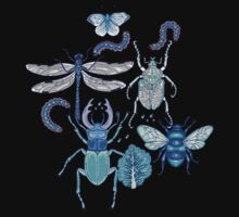 happy frozen blue bugs Kids Tee