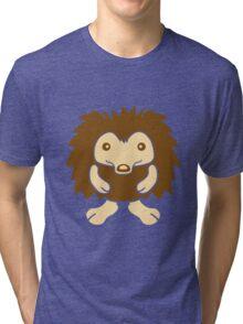 stehender süßer kleiner niedlicher igel  Tri-blend T-Shirt