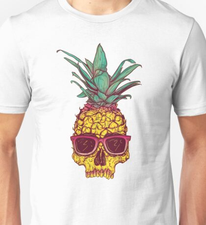Pineapple Skull wearing sunglasses Unisex T-Shirt