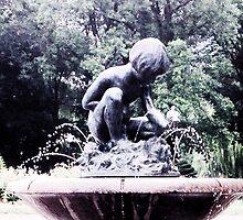 fountain at Public Garden by hankierat