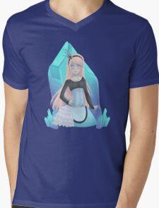 Queen Alice Mens V-Neck T-Shirt