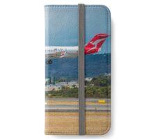 Qantas Landing at Perth Airport iPhone Wallet/Case/Skin