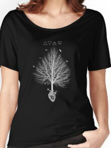 A tree feeding in the heart Women's Relaxed Fit T-Shirt