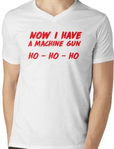 """Now I have a machine gun, ho ho ho"" - die hard quote Mens V-Neck T-Shirt"