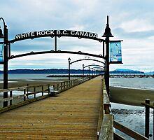 White Rock Pier by kchase