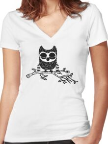 Pitch Perfect Owl Women's Fitted V-Neck T-Shirt