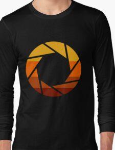 70s Modern Portal Aperture Logo (Hot) Long Sleeve T-Shirt