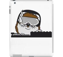 nerd geek hornbrille pickel freak spange schlau intelligent grinsen lustig comic cartoon süßer kleiner niedlicher igel  iPad Case/Skin
