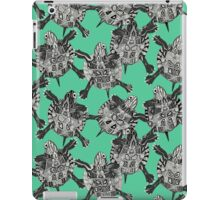 turtle party green iPad Case/Skin