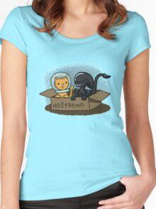 Kitten and Alien Women's Fitted Scoop T-Shirt