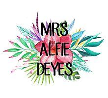 Mrs Alfie Deyes – Floral, YouTube Photographic Print