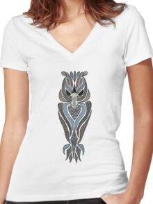 Wood Owl Women's Fitted V-Neck T-Shirt