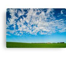 Green field and big skies near Ballarat Canvas Print