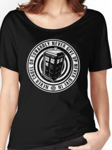 Never Cruel Or Cowardly - Doctor Who - Black TARDIS Women's Relaxed Fit T-Shirt