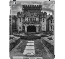 Hatley Castle Black And White Vintage Photo iPad Case/Skin