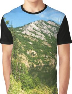 Lean In - A Mountain Lake Impression Graphic T-Shirt