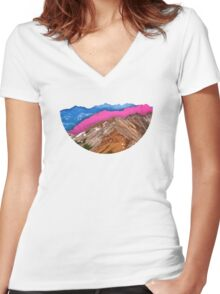 Color Band Mountains Women's Fitted V-Neck T-Shirt