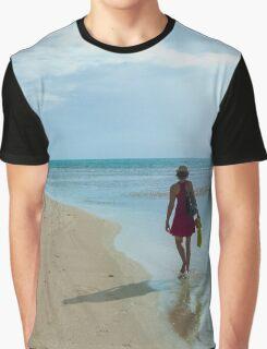 Beach Stroll Graphic T-Shirt