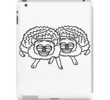 2 freunde team nerd geek hornbrille pickel freak spange schlau intelligent grinsen lustig comic cartoon süßer kleiner niedlicher igel  iPad Case/Skin