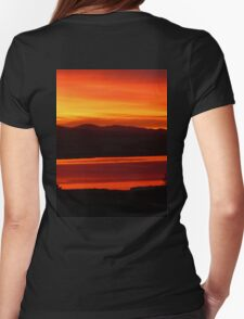 *Magenta Scarlet Red Sun Up* Womens Fitted T-Shirt