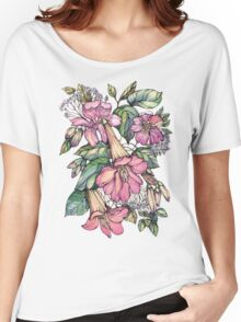 Red Trumpet Vine flowers on blue Women's Relaxed Fit T-Shirt