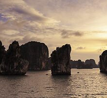 Sunset in Ha Long Bay, Vietnam by thewaxmuseum