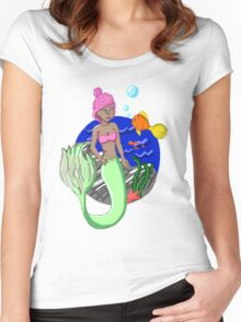 Candy Queen of the Sea Women's Fitted Scoop T-Shirt