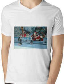 inline skate Mens V-Neck T-Shirt
