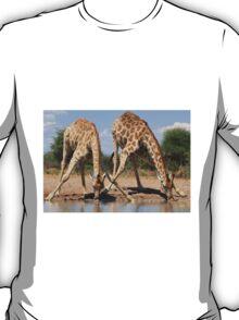 Giraffe - African Wildlife Background - Splitting for Sips T-Shirt