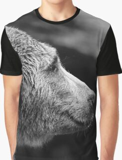bear sideview Graphic T-Shirt