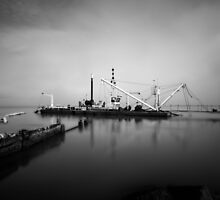 Dredge  by lawsphotography